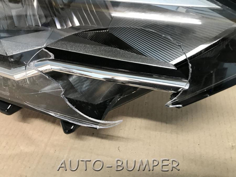 VW Jetta 7 2020 - Фара правая 17B941036D